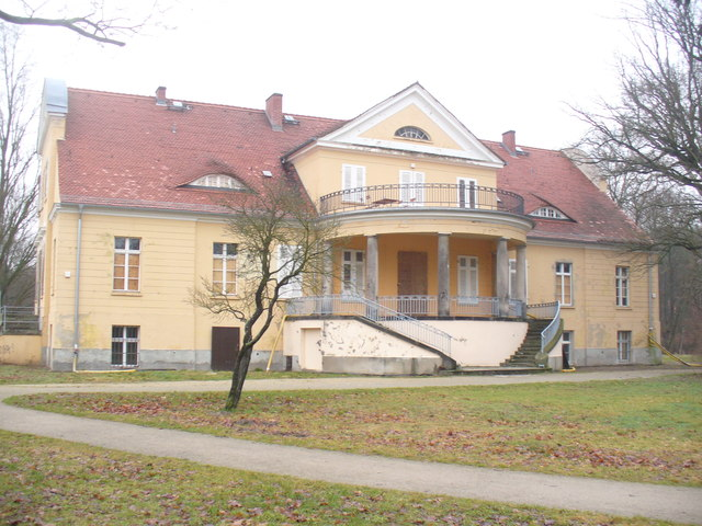 Gut Neukladow (Neukladow Manor House)