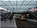 UNV1505 : Bad Cannstatt: Stadtbahnhaltestelle Wilhelmsplatz von Hansjörg Lipp