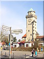 UUU8432 : Frohnau - Casinoturm (Casino Tower) von Colin Smith
