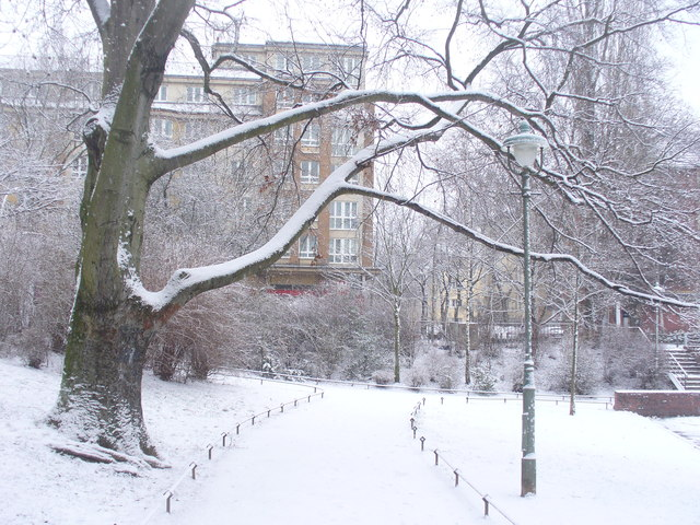 Lauenburger Platz - Schnee (Lauenburg Square Under Snow)