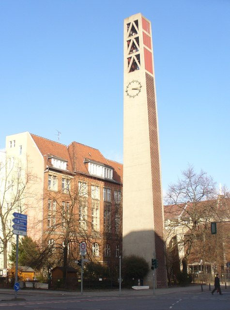 Wilmersdorf - Vater-Unser-Campanile (Our Father Church Belltower)
