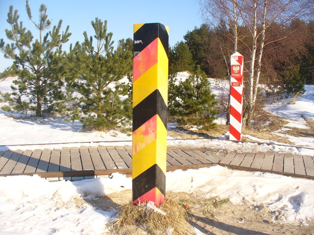 Ahlbeck - Grenzpfaehle (International Boundary Posts)