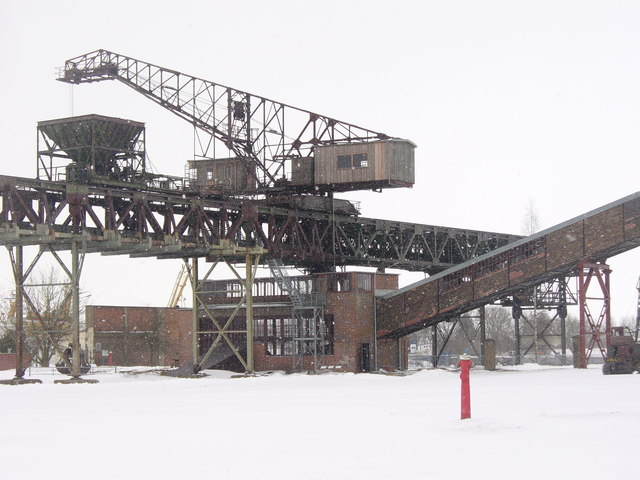 Peenemuende - Kranbruecke mit Brecherhaus (Crane Bridge and Crushing Mill)