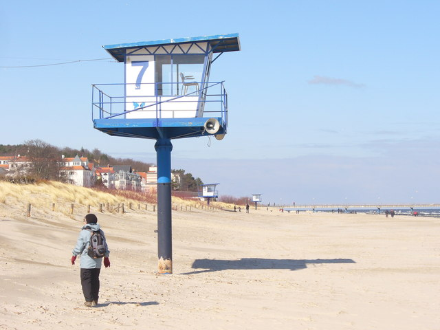 Seebad Bansin - Wachturm am Strand (Watch Tower on the Beach)