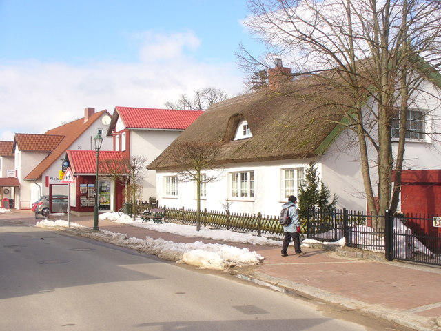 Koserow - Reetdachhaus (Thatched Cottage)