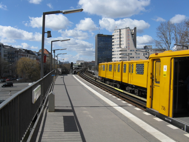 View west from Hallesches Tor U-Bahn station
