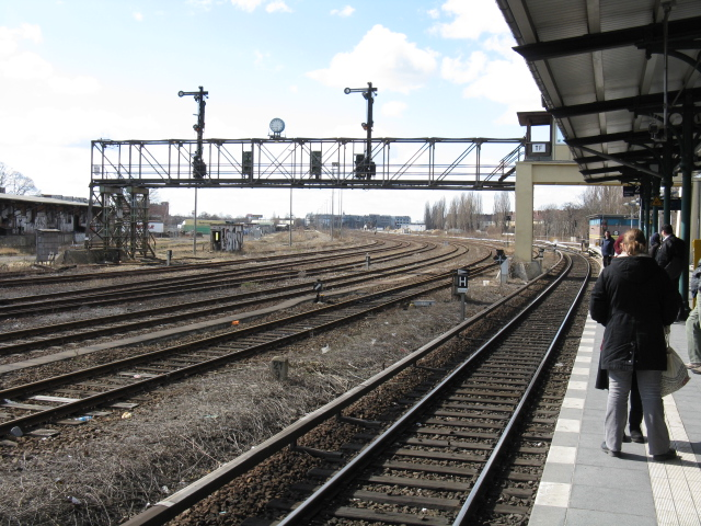 Railway infrastructure at Tempelhof S-Bahn station