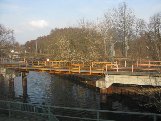 Canals & railways north of Koenigs Wusterhausen