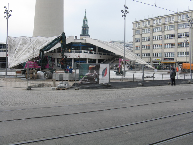 Laying New Paving Slabs on Alexanderplatz
