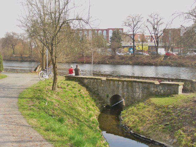 Berlin - Radweg beim Hohenzollern Kanal (Cycle Path by the Hohenzollern Kanal)