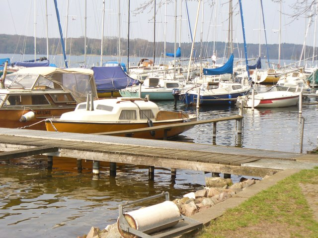 Yachthafen am Tegeler See (Marina on Tegel Lake)