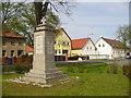 UUU9300 : Alt-Glasow - Kriegesdenkmal (Old Glasow - War Memorial) von Colin Smith