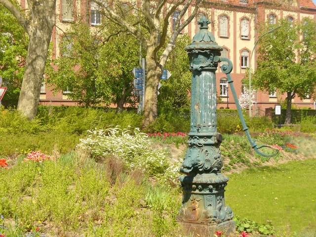 Dahlem - Historische Pumpe (Historic Pump)