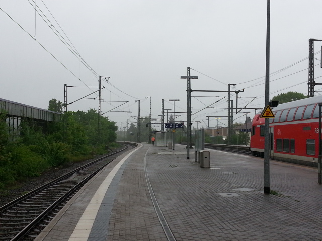 Neumuenster station - view north
