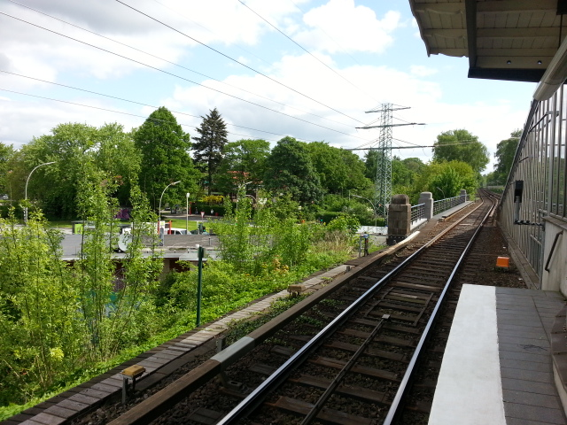 View northwest from Alstersdorf U-Bahnhof