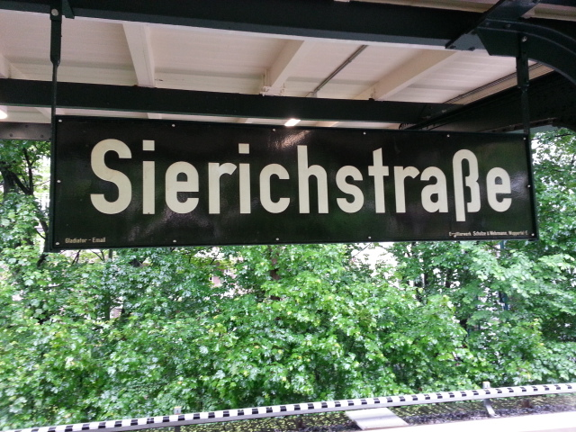 Old enamel sign, Sierichstrasse U-Bahn station