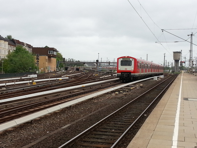 S-Bahn approach tracks, Hamburg-Altona station
