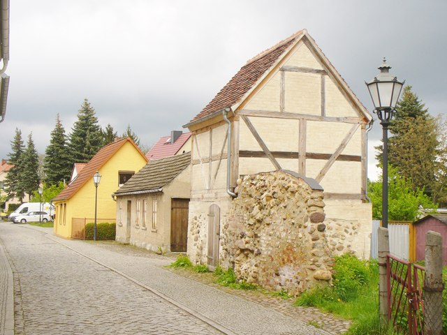 Bad Belzig - Mauerreste (Wall Remains)