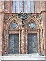 UUU9119 : Berlin - Friedrichswerdersche Kirche - Tuer (Friedrichswerder Church - Door) von Colin Smith