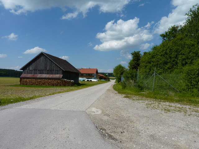Bauernhof mot Scheune (Farmstead with barn)