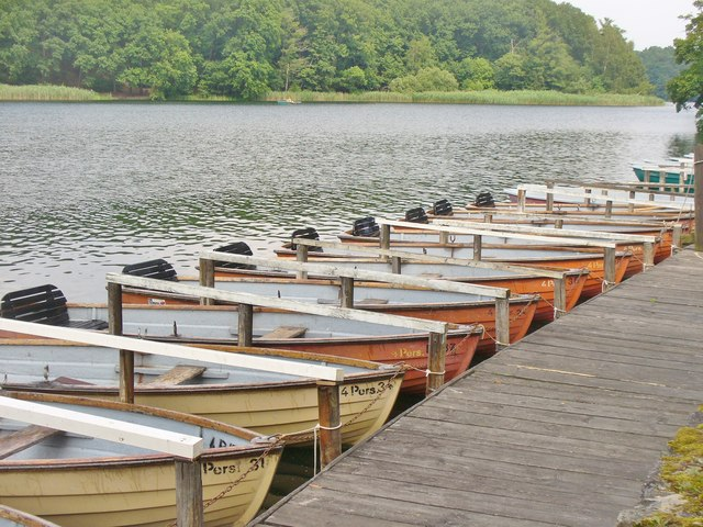 Schlachtensee - Bootsverleih (Boats for Hire)
