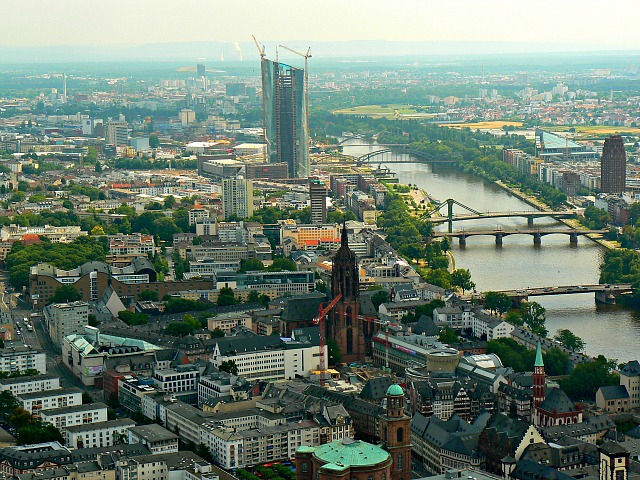 ein blick nach osten von der main tower frankfurt a view east from the main tower frankfurt. Black Bedroom Furniture Sets. Home Design Ideas