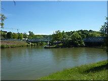 Mündung der Rems in den Neckar bei Neckarrems