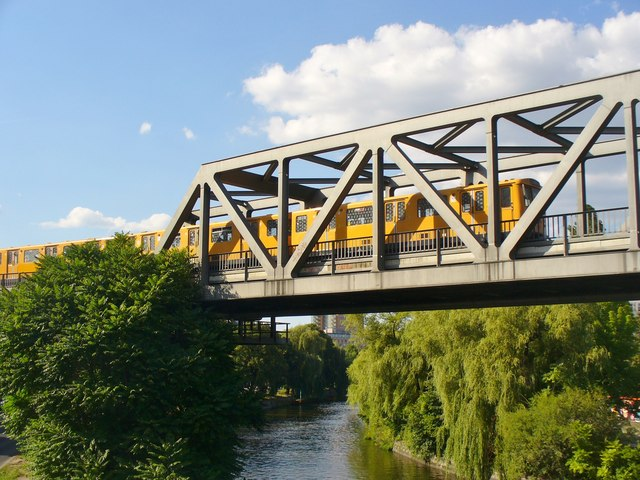 Berlin - Hochbahnbruecke (Elevated Railway Bridge)