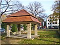 UUU8533 : Frohnau - Edelhofdamm von Colin Smith