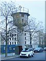 UUU9018 : Berlin - DDR-Wachturm am Potsdamer Platz (East German Watchtower on Potsdamer Platz) von Colin Smith