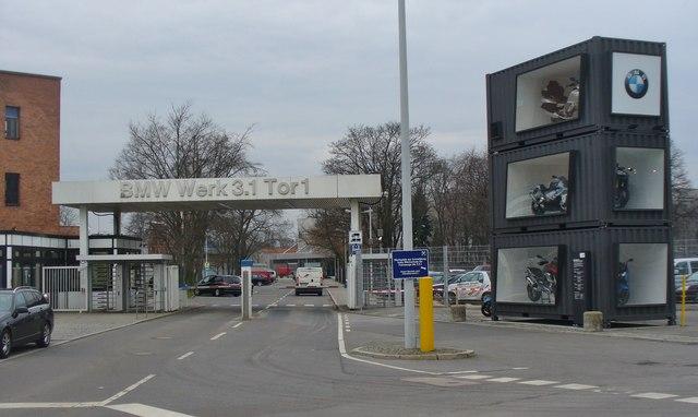 Berlin Bmw Werk 3 1 Tor 1 Bmw Factory 3 1 Gate 1