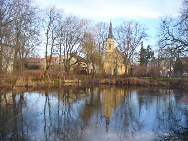 Bohnsdorf - Dorfkirche und Dorfteich (Village Church and Pond)