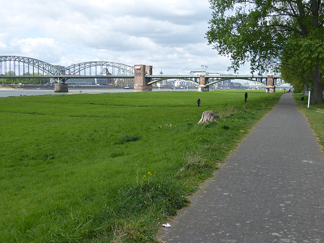 Sudbrücke over the Rhine