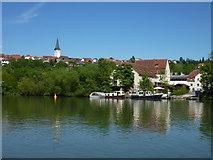 Blick über den Neckar auf Poppenweiler