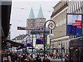 UNB3485 : Landgraf-Philipps-Platz - Blick auf die Martinskirche by Uwe Seibert