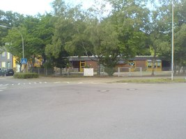 kindergarten an der ecke w rzburger stra e otto hahn stra e kindergarten at corner. Black Bedroom Furniture Sets. Home Design Ideas