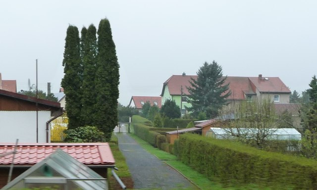 Berbisdorf - access path to gardens