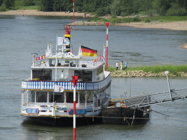 "Wesel - ""River Lady"""