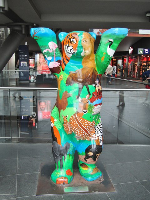Berlin Hbf - Buddy-Baer