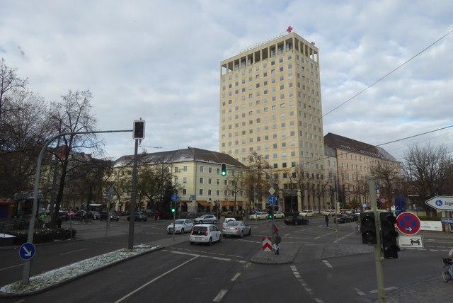 klinik taxisstraße münchen