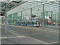 UPC0590 : Straßenbahn am Braunschweiger Bahnhof (Tram at Braunschweig railway station) von Andrew Abbott