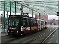 UPC0590 : Straßenbahn 8152 am Braunschweiger Bahnhof (Tram 8152 at Braunschweig railway station) von Andrew Abbott