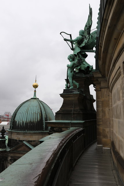 Sculpture on the Berliner Dom