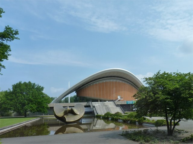 Haus der Kulturen der Welt (House of the World's Cultures)