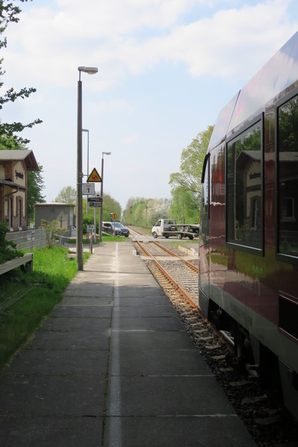 Station and level crossing - Sponholz