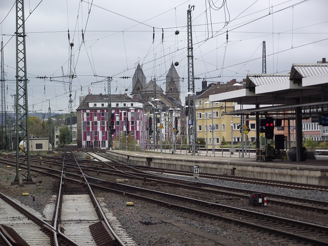 The northern end of Koblenz Hauptbahnhof